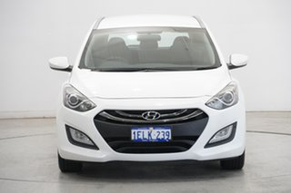 2013 Hyundai i30 GD Active Tourer Creamy White 6 Speed Sports Automatic Wagon.