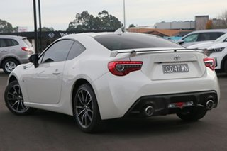 2016 Toyota 86 ZN6 MY17 GTS White 6 Speed Auto Sequential Coupe.