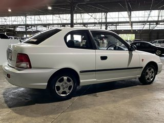 2002 Hyundai Accent LC GS White 5 Speed Manual Hatchback