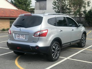 2013 Nissan Dualis J107 Series 4 MY13 +2 Hatch X-tronic 2WD Ti-L Silver 6 Speed Constant Variable.