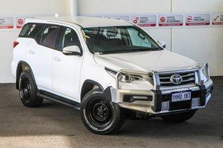 2017 Toyota Fortuner GUN156R GX Glacier White 6 Speed Automatic Wagon.