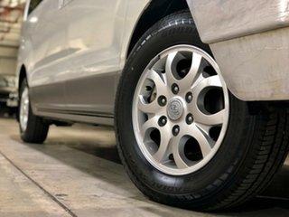 2011 Hyundai iMAX TQ-W White 4 Speed Automatic Wagon