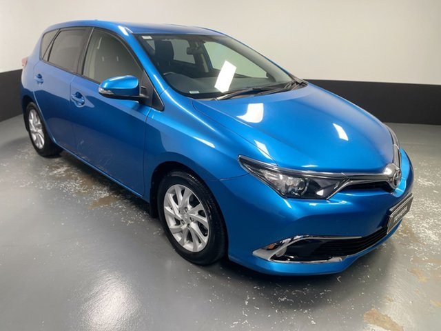 Used Toyota Corolla ZRE182R Ascent Sport S-CVT Hamilton, 2017 Toyota Corolla ZRE182R Ascent Sport S-CVT Blue 7 Speed Constant Variable Hatchback