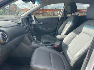 2020 Hyundai Kona OS.3 MY20 Highlander 2WD Chalk White + Blackroof/black 6 Speed Sports Automatic