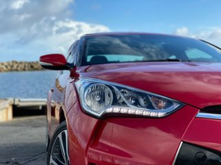 2015 Hyundai Veloster FS4 Series II + Coupe D-CT Veloster Red Pearl/b 6 Speed