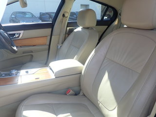 2009 Jaguar XF 2.7D Luxury Black 6 Speed Automatic Sedan