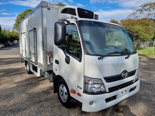 2016 Hino Dutro 300 616 White Refrigerated Truck 4.0l