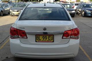 2011 Holden Cruze JH Series II MY11 CD White 6 Speed Sports Automatic Sedan