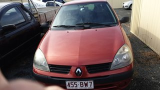 2004 Renault Clio Authentique Red 5 Speed Manual Hatchback.