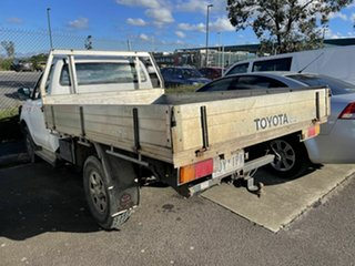 2006 Toyota Hilux KUN26R 06 UPGRA SR (4x4) White 4 Speed Automatic Cab Chassis.