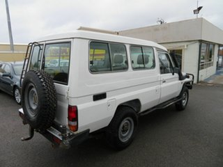 2001 Toyota Landcruiser HZJ78R (4x4) 3 Seat White 5 Speed Manual 4x4