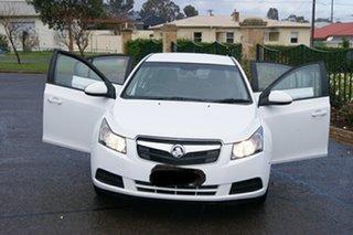 2010 Holden Cruze JG CD White 6 Speed Automatic Sedan