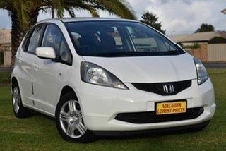 2010 Honda Jazz GE MY10 GLi White 5 Speed Automatic Hatchback.