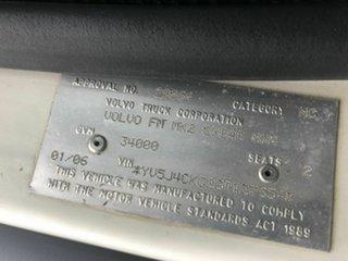 2006 Volvo FM9 White 9.4l