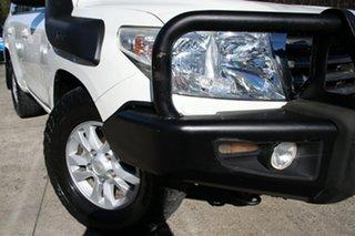 2007 Toyota Landcruiser VDJ200R Sahara (4x4) Crystal Pearl 6 Speed Automatic Wagon.