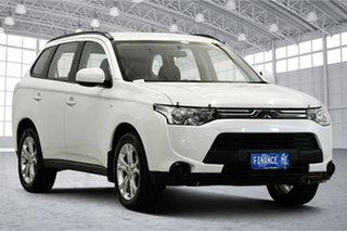2013 Mitsubishi Outlander ZJ MY14 ES 4WD White 6 Speed Constant Variable Wagon.