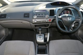 2006 Honda Civic 8th Gen VTi Silver 5 Speed Automatic Sedan.