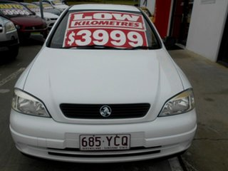 2000 Holden Astra TS City White 5 Speed Manual Hatchback.