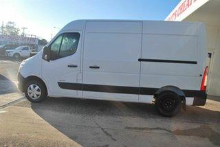 2013 Renault Master X62 MWB White 6 Speed Tiptronic Van.