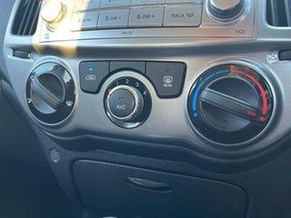 2013 Hyundai i20 PB MY13 Active Ember Grey/black Cloth 4 Speed Automatic Hatchback