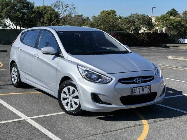 Used Hyundai Accent RB4 MY16 Active Chermside, 2016 Hyundai Accent RB4 MY16 Active Silver 6 Speed Manual Hatchback
