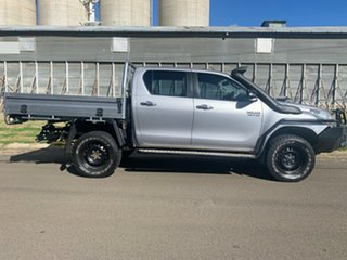 2015 Toyota Hilux GUN126R SR (4x4) Silver Sky 6 Speed Manual Dual Cab Chassis.