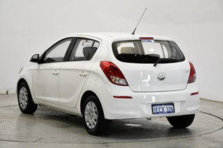 2013 Hyundai i20 PB MY13 Active Coral White 4 Speed Automatic Hatchback