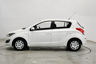 2013 Hyundai i20 PB MY13 Active Coral White 4 Speed Automatic Hatchback.