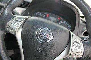 2017 Nissan Navara D23 Series II RX (4x2) White 7 Speed Automatic Double Cab Utility
