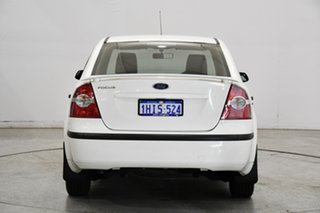 2007 Ford Focus LS CL White 4 Speed Sports Automatic Sedan
