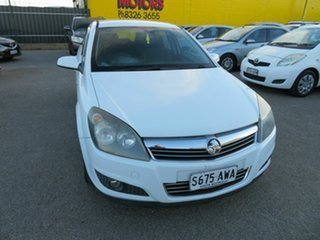 2009 Holden Astra AH MY09 CDX White 4 Speed Automatic Hatchback.