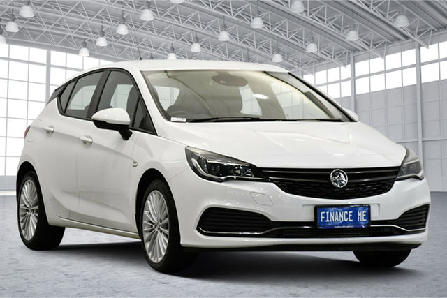 Used Holden Astra BK MY18 R Victoria Park, 2017 Holden Astra BK MY18 R White 6 Speed Sports Automatic Hatchback