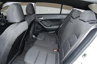 2017 Kia Cerato YD MY18 S White 6 Speed Sports Automatic Hatchback