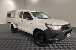 2016 Toyota Hilux GUN125R Workmate Extra Cab Glacier 6 speed Manual Cab Chassis.