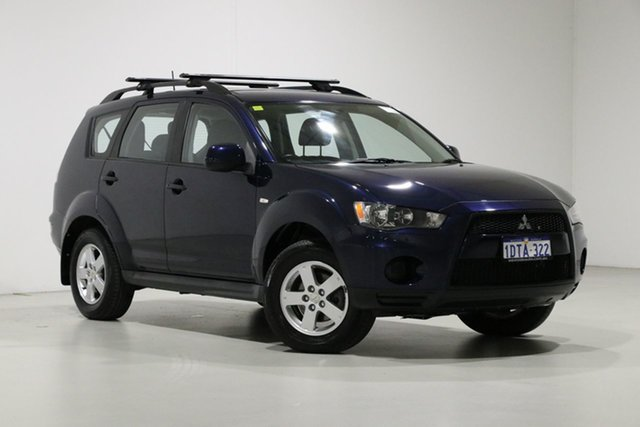 Used Mitsubishi Outlander ZH MY11 LS (7 Seat) Bentley, 2011 Mitsubishi Outlander ZH MY11 LS (7 Seat) Blue 6 Speed CVT Auto Sequential Wagon