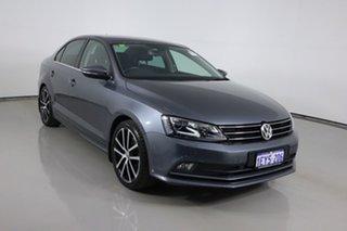 2016 Volkswagen Jetta 1KM MY16 155 TSI Highline Sport Grey 6 Speed Direct Shift Sedan.