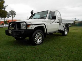 2014 Toyota Landcruiser VDJ79R MY12 Update GX (4x4) White 5 Speed Manual Cab Chassis.