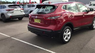 2017 Nissan Qashqai J11 Series 2 ST X-tronic Red 1 Speed Constant Variable Wagon.