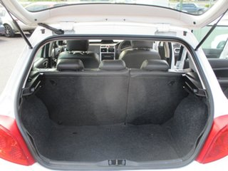 2006 Peugeot 307 MY06 Upgrade XSE HDi 2.0 White 6 Speed Tiptronic Hatchback