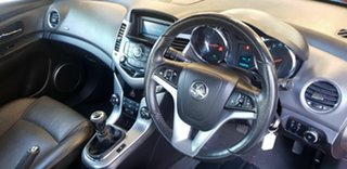 2009 Holden Cruze JG CD Red 5 Speed Manual Sedan