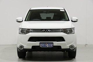 2013 Mitsubishi Outlander ZJ LS (4x4) White 6 Speed Automatic Wagon.