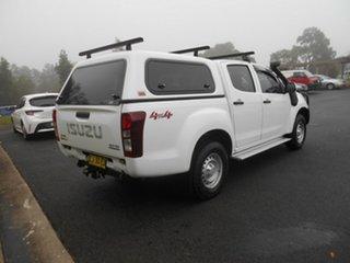 2016 Isuzu D-MAX TF MY15 SX (4x4) White 5 Speed Automatic Crew Cab Utility.