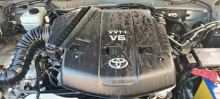 2005 Toyota Landcruiser Prado GRJ120R VX Silver 5 Speed Automatic Wagon.