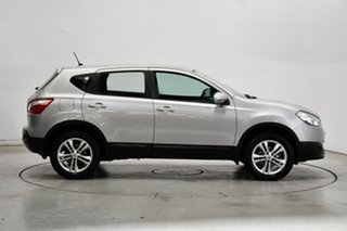 2013 Nissan Dualis J10W Series 4 MY13 ST Hatch X-tronic 2WD Silver 6 Speed Constant Variable