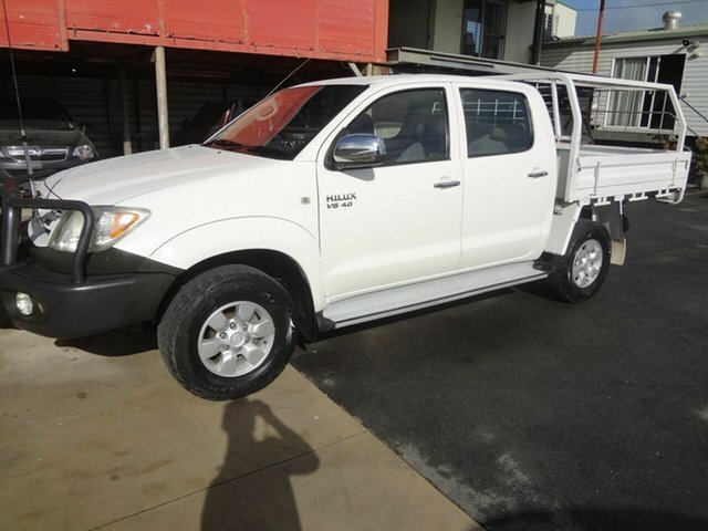 Used Toyota Hilux SR5 (4x4) Coopers Plains, 2008 Toyota Hilux GGN25R 07 Upgra SR5 (4x4) White 5 Speed Manual Dual Cab Pick Up
