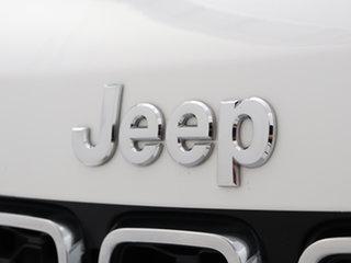 2017 Jeep Grand Cherokee WK MY17 Laredo (4x2) White 8 Speed Automatic Wagon