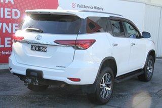 2015 Toyota Fortuner GUN156R Crusade Glacier White 6 Speed Automatic Wagon.