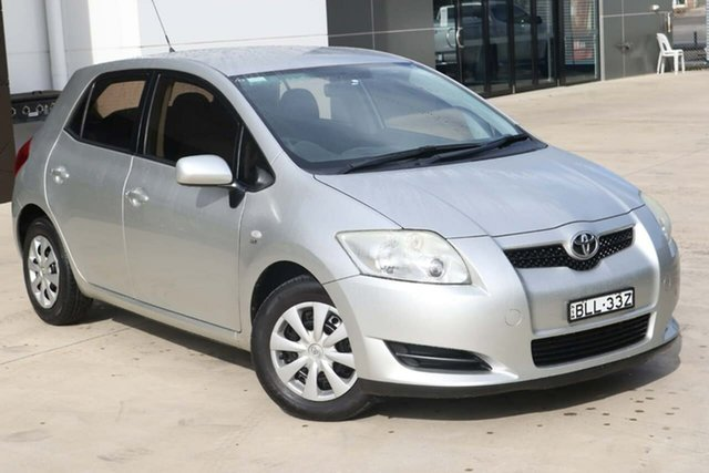 Used Toyota Corolla ZRE152R MY10 Ascent Tuggerah, 2009 Toyota Corolla ZRE152R MY10 Ascent Silver 6 Speed Manual Hatchback