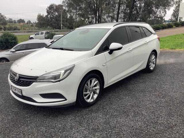 Used Holden Astra BK MY18 LS+ Sportwagon Maitland, 2018 Holden Astra BK MY18 LS+ Sportwagon White 6 Speed Sports Automatic Wagon