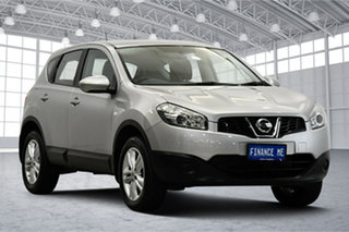 2013 Nissan Dualis J10W Series 4 MY13 ST Hatch X-tronic 2WD Silver 6 Speed Constant Variable.